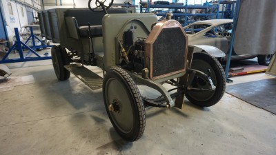 Renovated military vehicle FIAT 15 TER